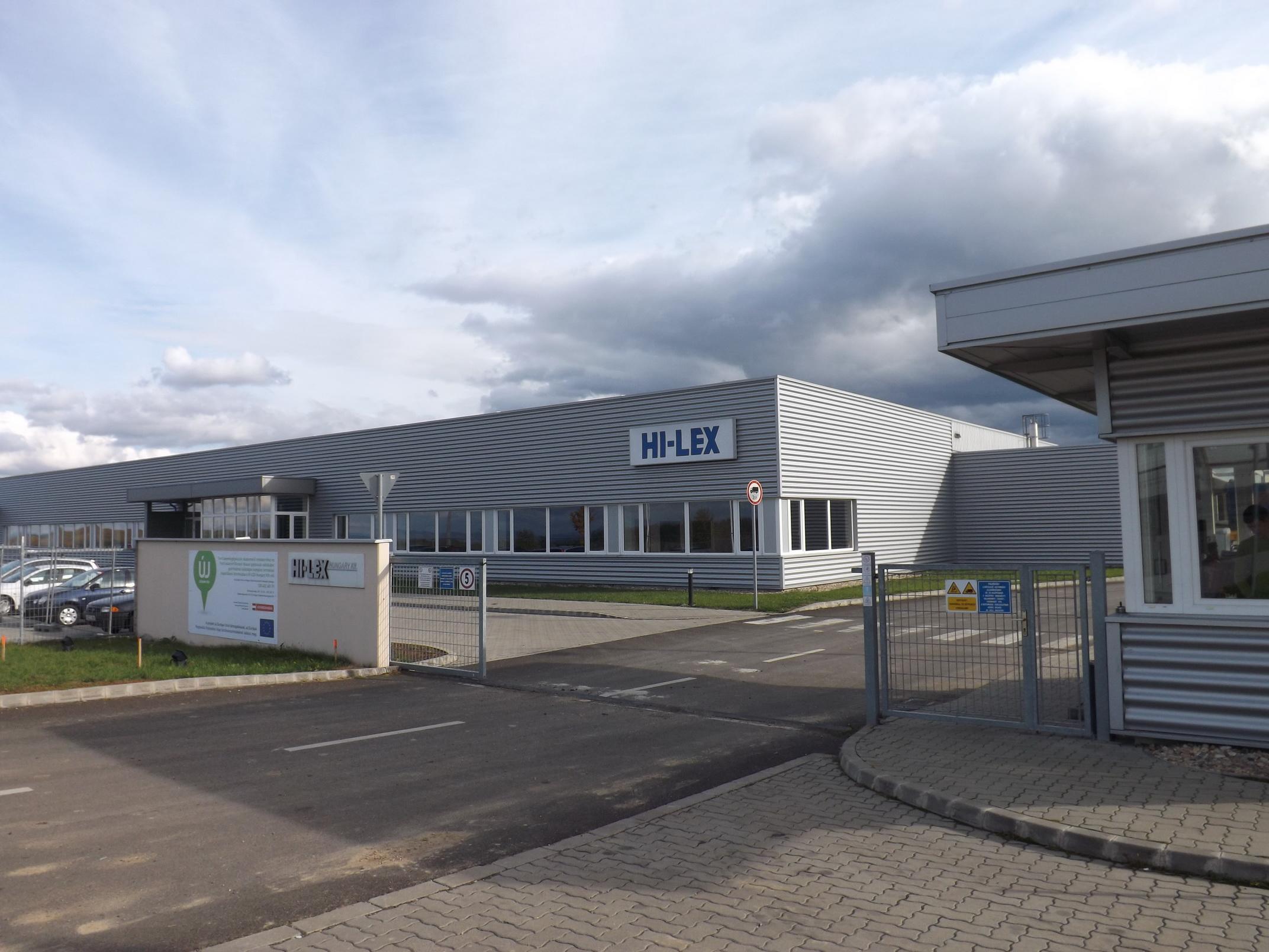 Új raktárcsarnokot épített a HI-LEX Rétságon
